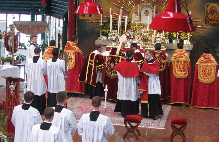 Vepres pontificales St Pierre