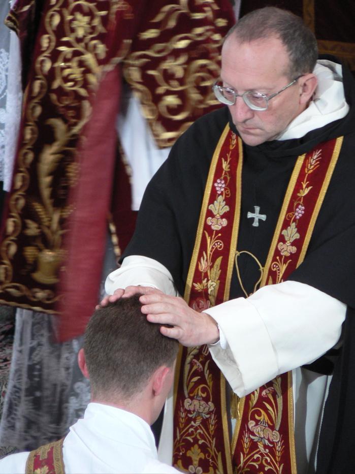 Ordinations sacerdotales St Pierre