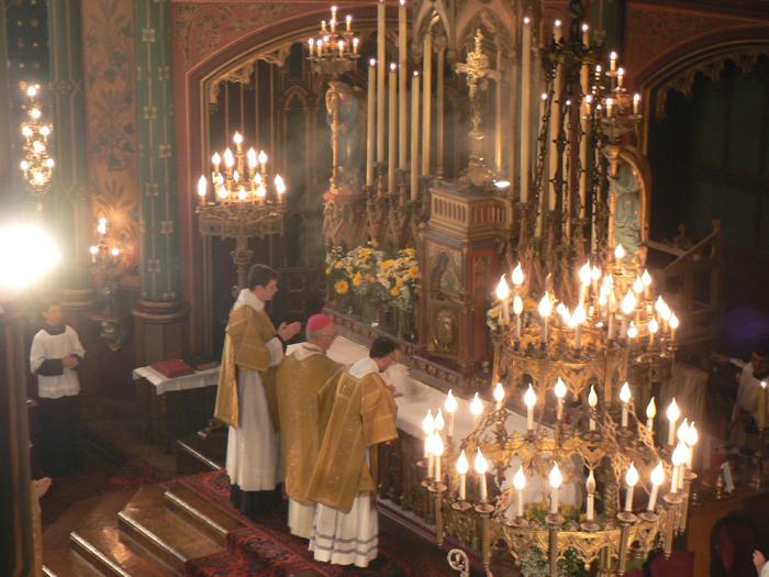 Confirmations à Saint-Eugène par Mgr Fréchard