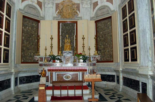 La chapelle conservant les reliques des Martyrs dans la cathédrale d'Otrante