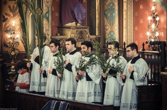 Dimanche des Rameaux 2013 : le chœur pendant le chant de l'évangile des Rameaux