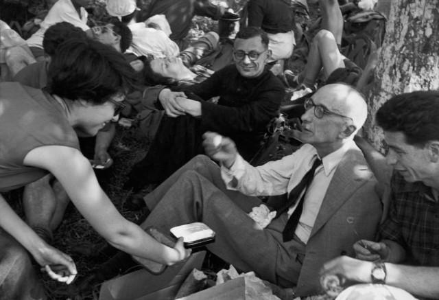 Mauriac et Danielou au Pèlerinage de Chartres de 1953