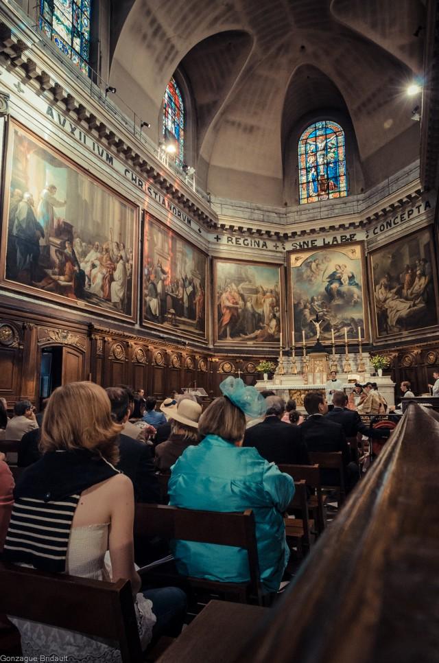 1ère messe de M. l'Abbé Lacroix, fssp, à Notre-Dame-des-Victoires, le 3 août 2013 : pendant le chant de l'alleluia