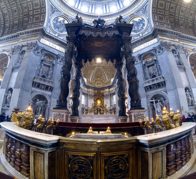 Baldaquin de Saint-Pierre-de-Rome