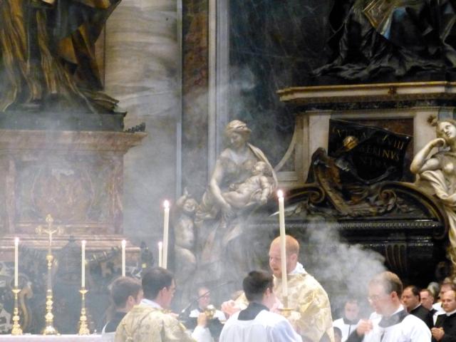Chant de l'évangile par le diacre (2)