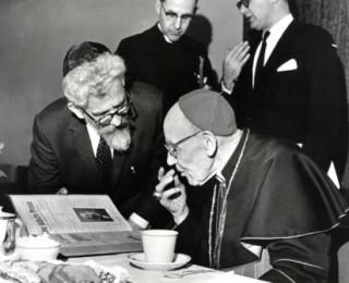 Le Cardinal Bea et Rabbi Heschel