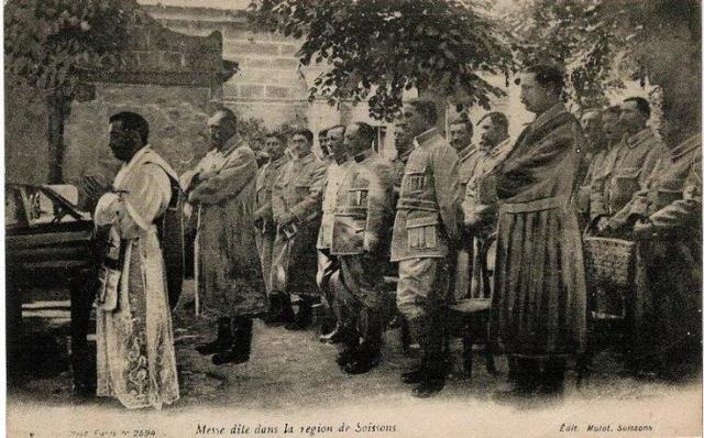 Messe dite dans la région de Soissons pour les troupes