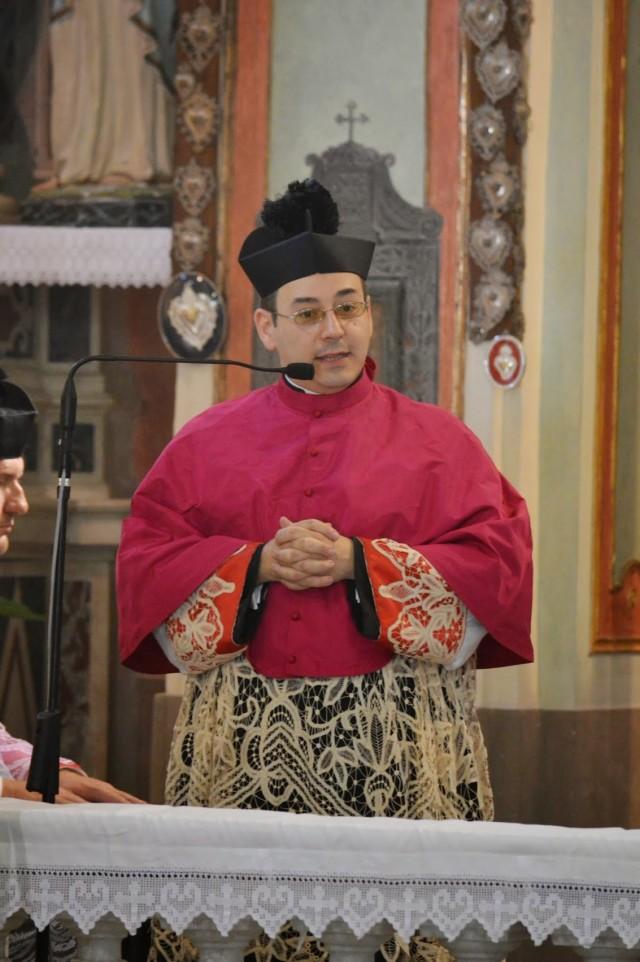 15 - Messe des 7 joies de la Vierge - don Marco Cuneo, recteur du sanctuaire, donne l'homélie