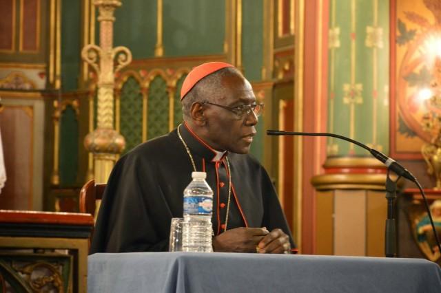 Son Eminence le cardinal Sarah à Saint-Eugène 05
