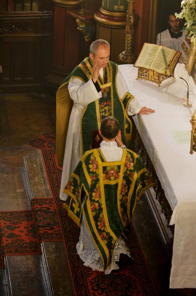 Bénédiction du diacre devant chanter l'évangile.