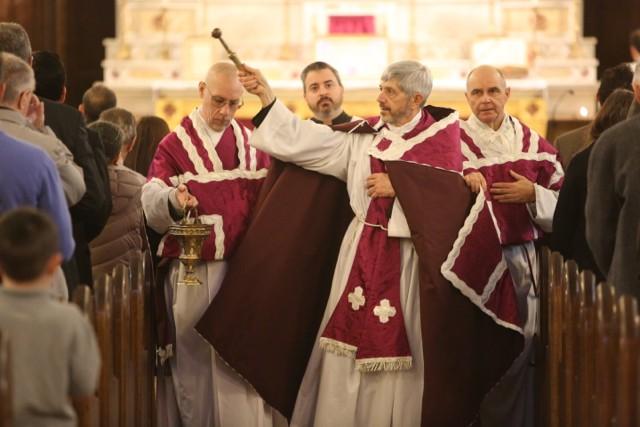 A l'aspersion - second dimanche de Carême 2016 - Société Saint-Hugues de Cluny - Connecticut.