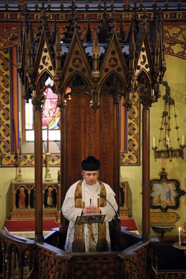 Homélie de M. l'Abbé Guelfucci, curé de Saint-Eugène.