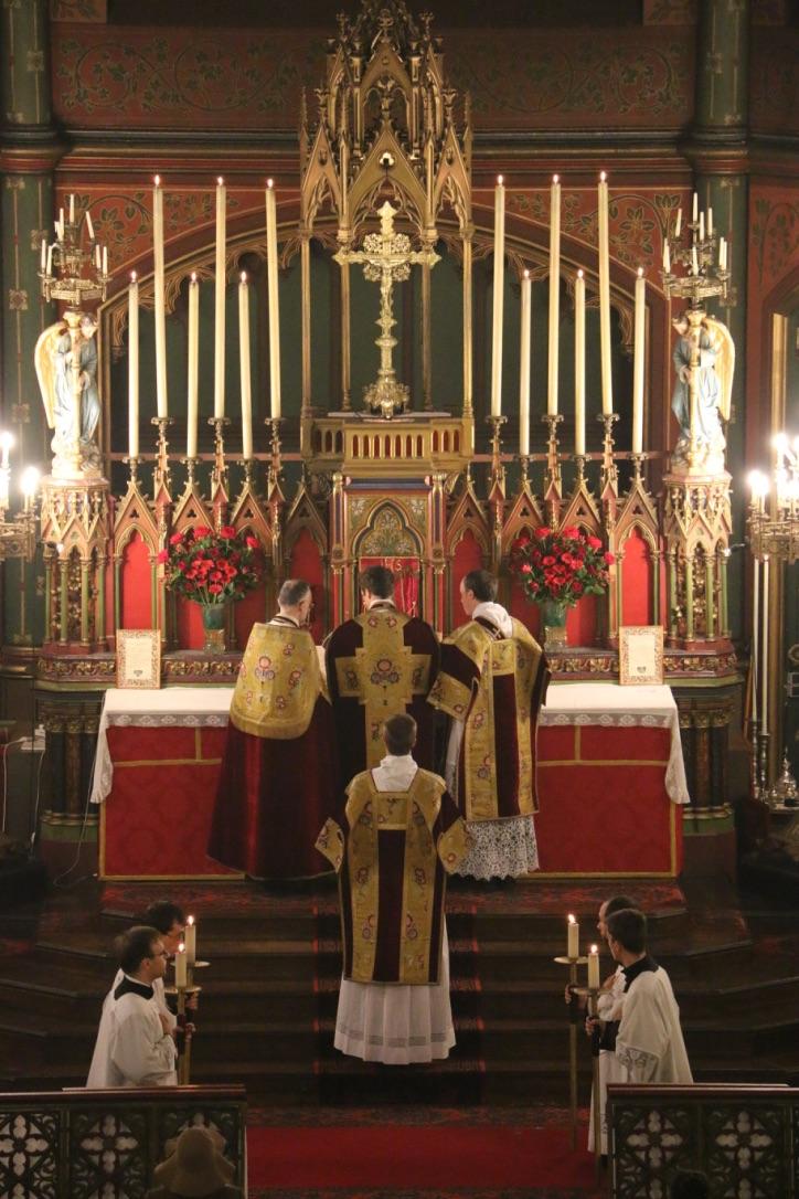 Fête du Précieux Sang -  Après le Pater.