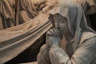 Mise au tombeau de l'Abbaye de Solesmes, Marie-Madeleine.
