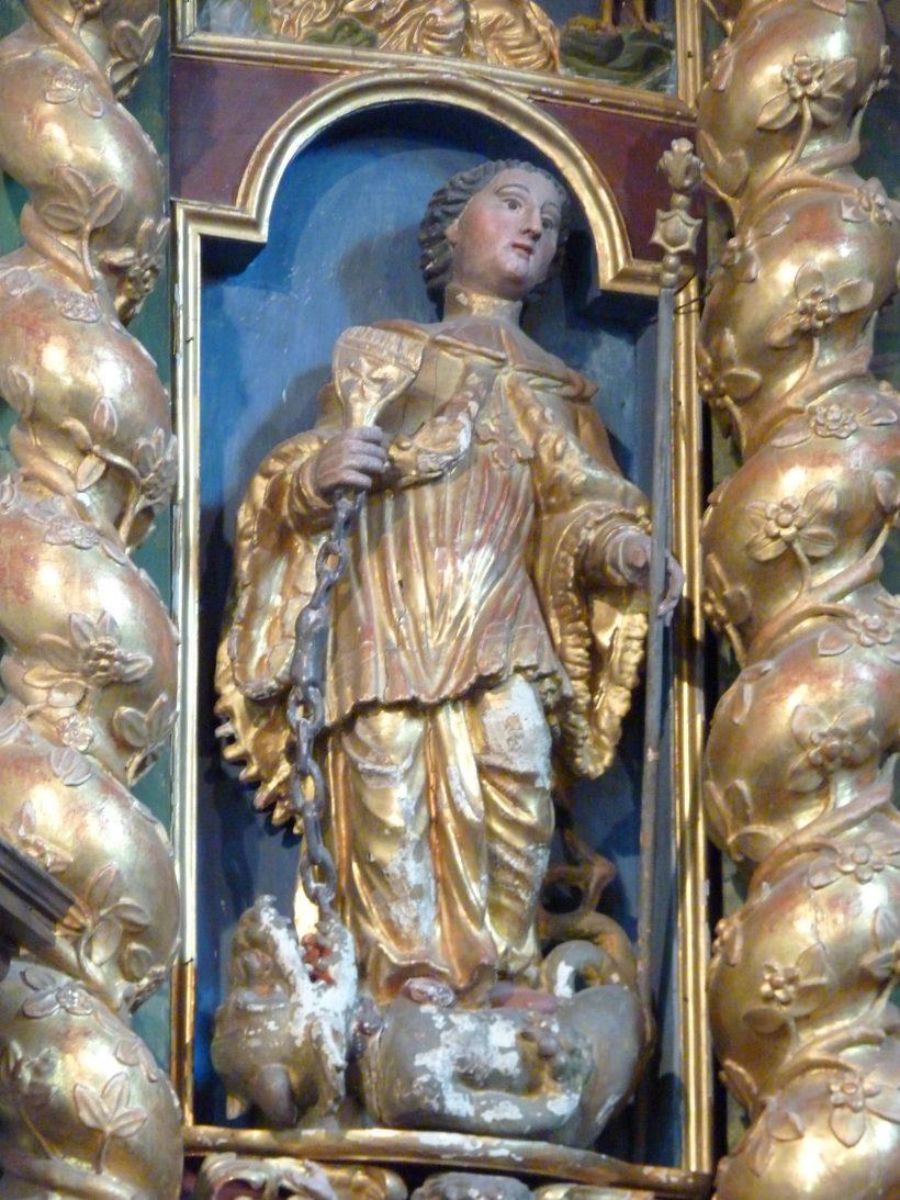 Montvalezan-sur-Séez, église Saint-Jean-Baptiste : retable majeur, saint Bernard des Alpes.