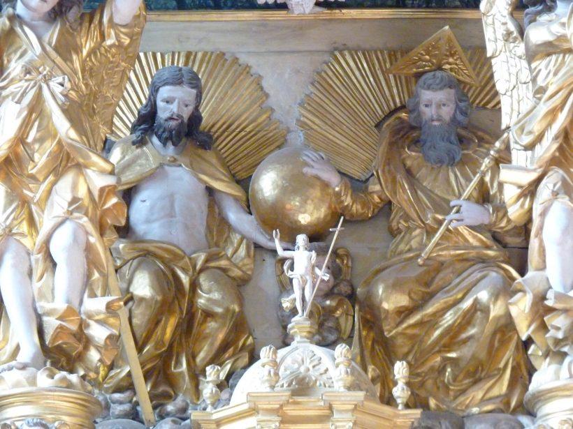 Peisey-Nancroix : église de la Trinité, le retable majeur : le Père et le Fils.