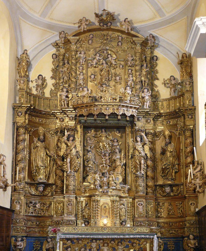 Saint-Sigismond de Champagny-en-Vanoise : le retable majeur.