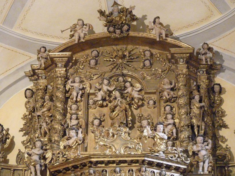 Saint-Sigismond de Champagny-en-Vanoise : le couronnement de la Vierge au Ciel.