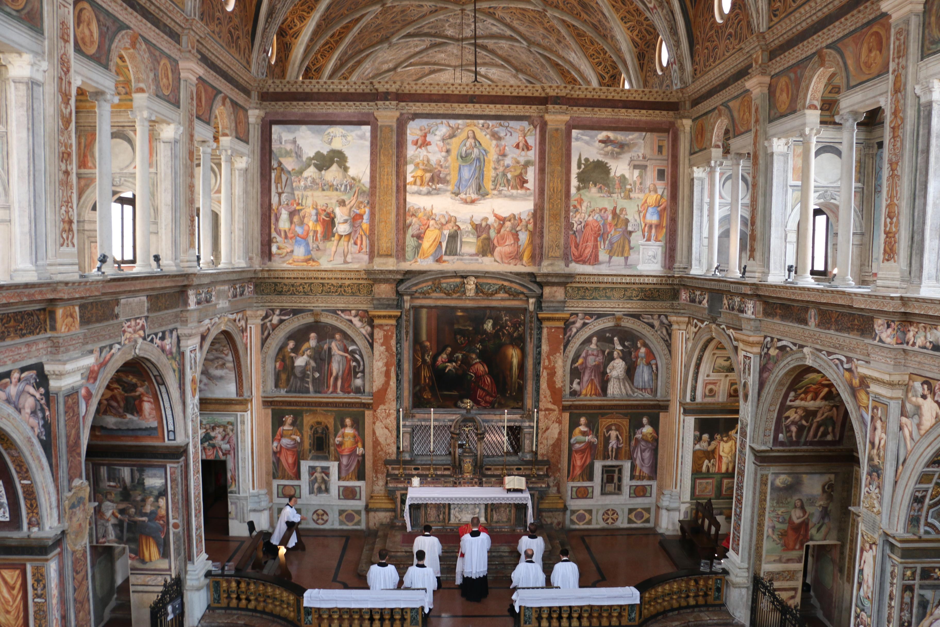San Maurizio al Monastero Maggiore, l'église des fidèles - messe en rit ambrosien traditionnel
