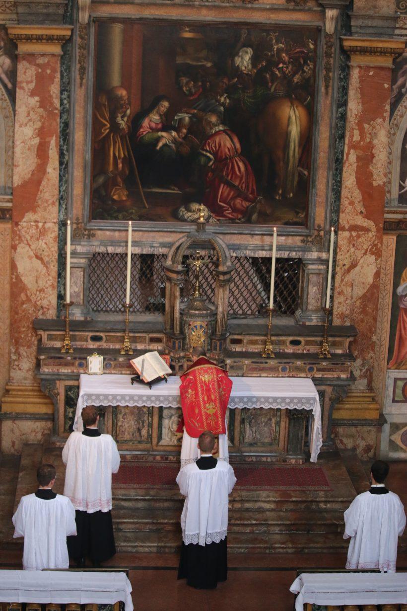 San Maurizio al Monastero Maggiore : messe en rit ambrosien (ou milanais) traditionnel