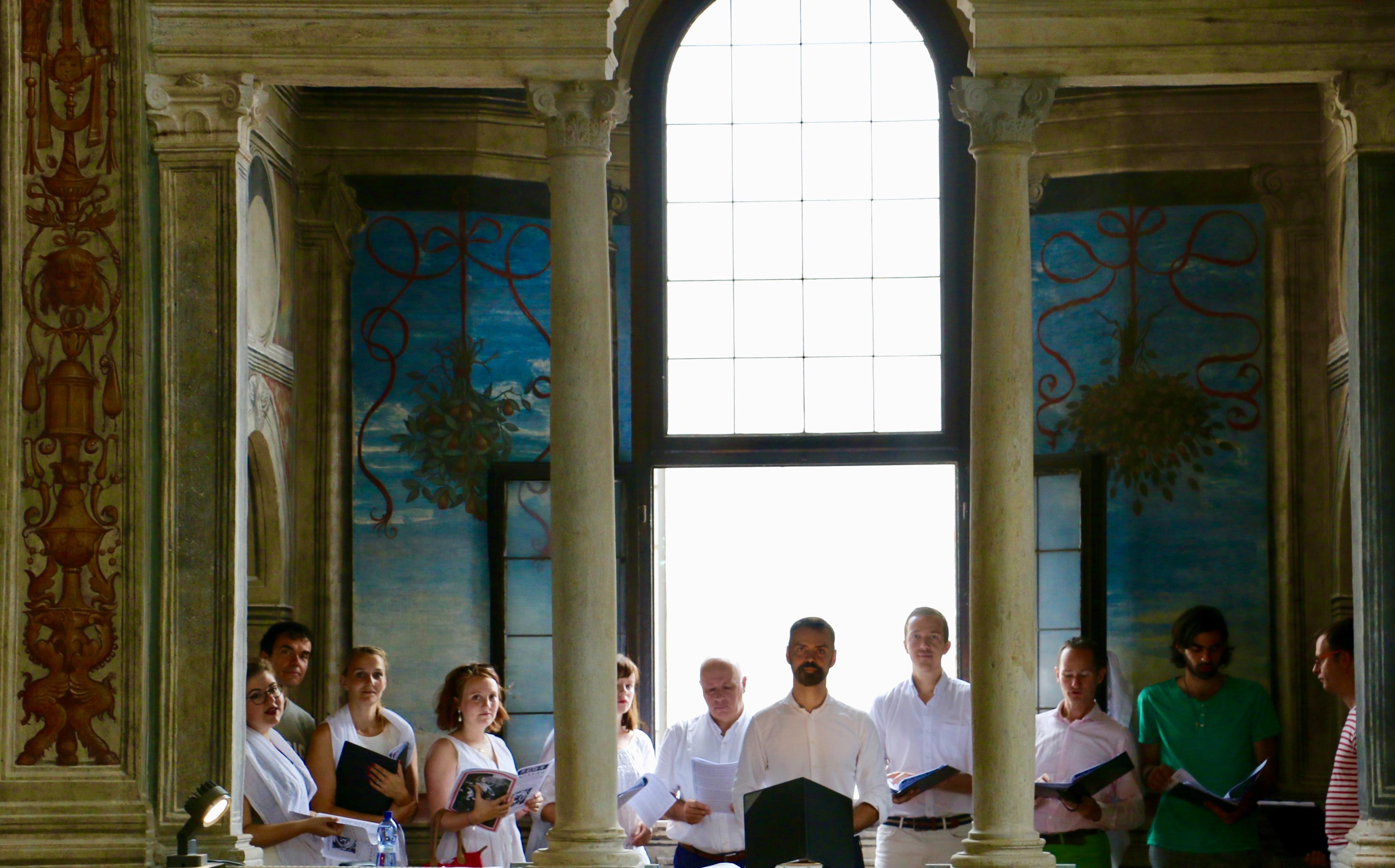 San Maurizio al Monastero Maggiore - La Schola Sainte Cécile à l'issue de la messe