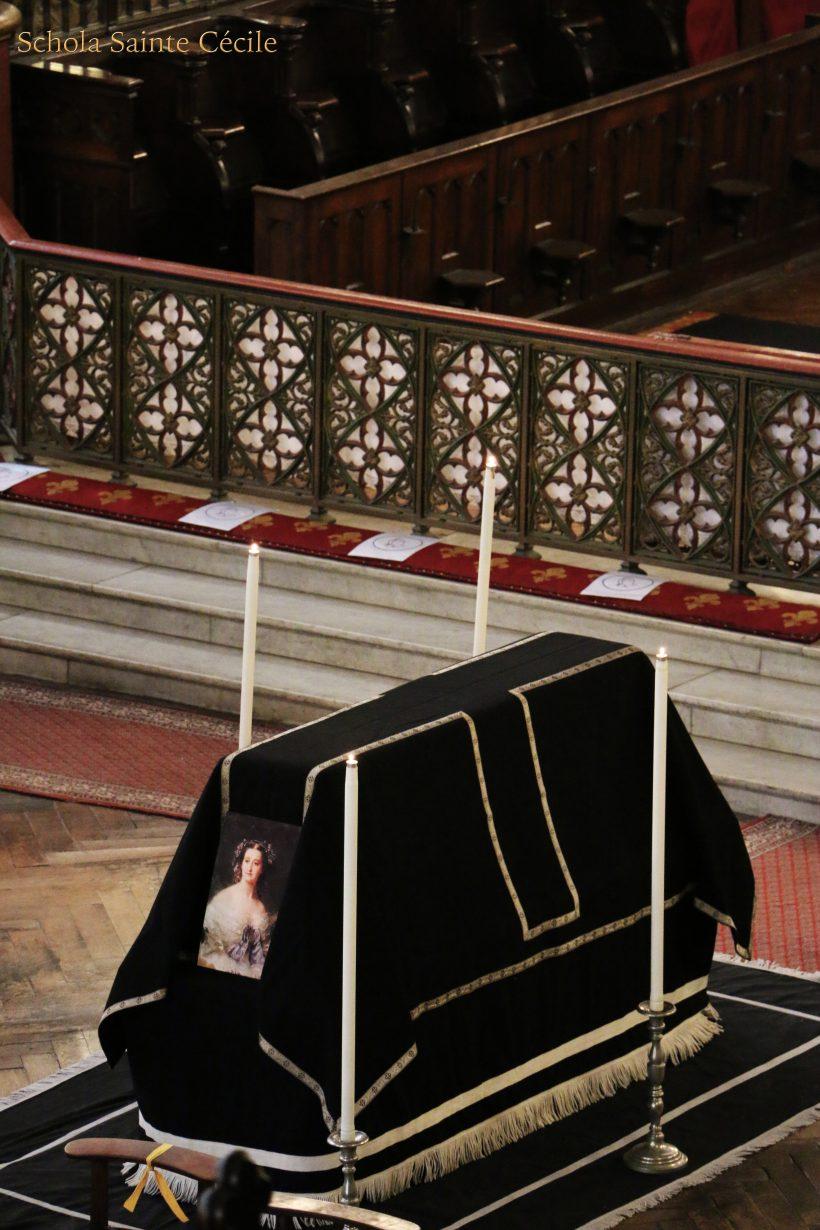 Messe de Requiem pour le centième anniversaire du trépas de l'impératrice Eugénie - le catafalque