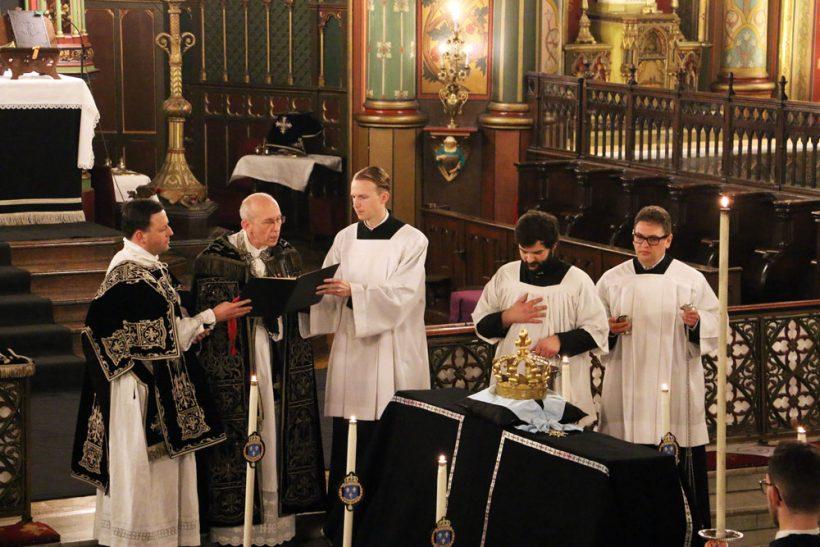 Requiem pour Louis XVI du 21 janvier 2021  : l'absoute de la première messe