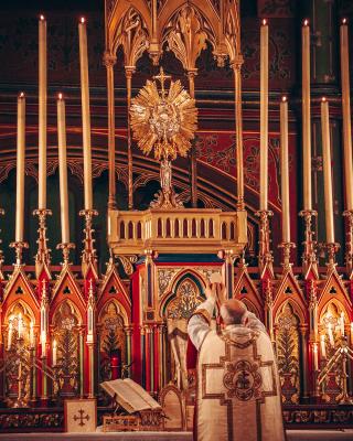 Les Quarante-Heures à Saint-Eugène - Sancta missa coram Sanctissimum Sacramentum. Saint-Eugène, février 2020.